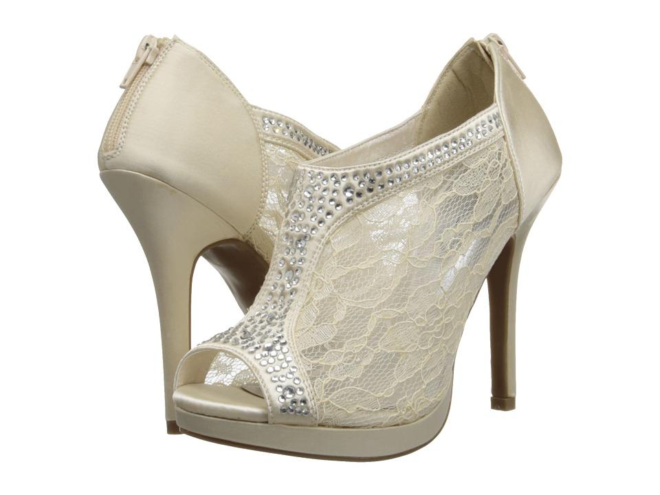 Coloriffics - Viv (Ivory) High Heels
