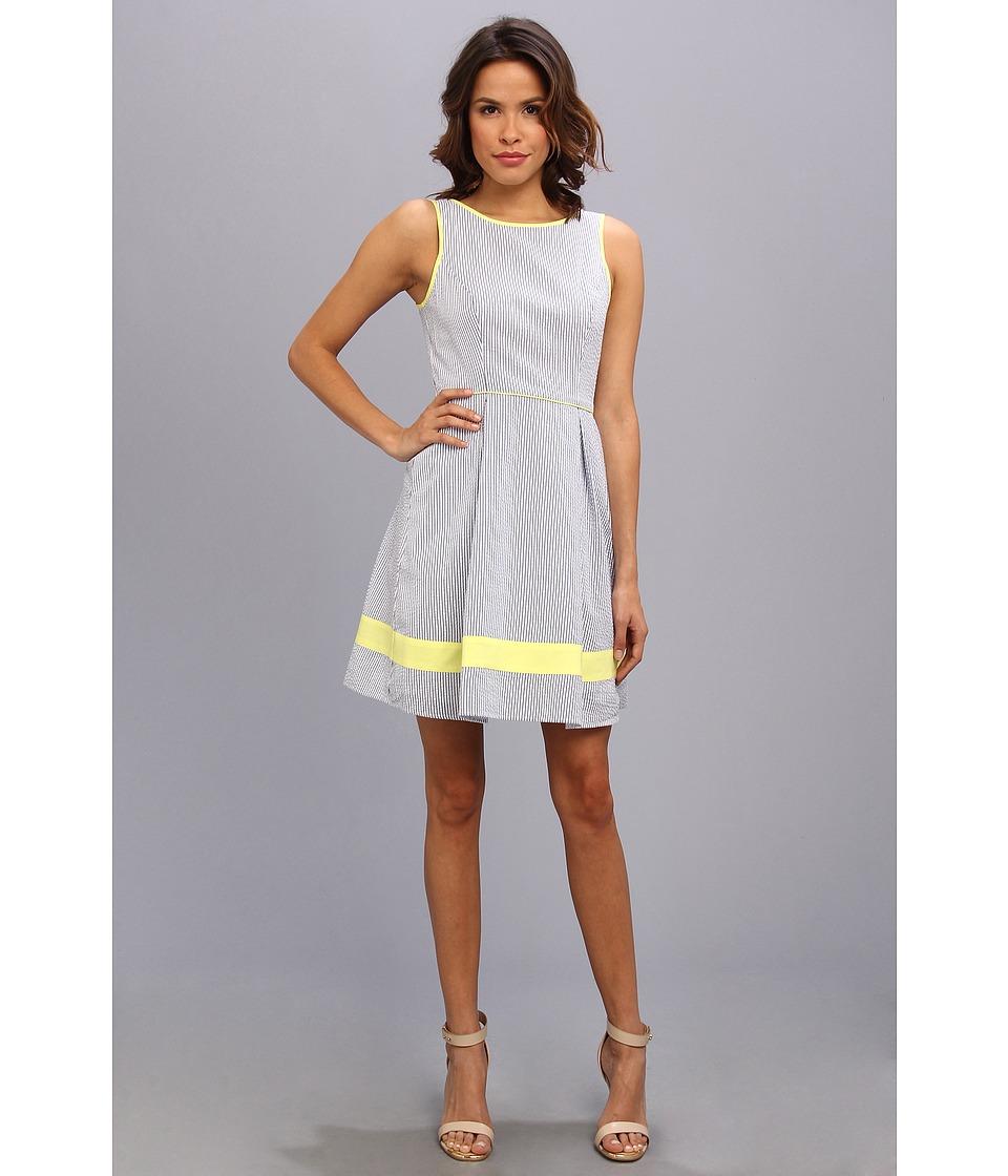 Jessica Simpson Sleeveless Full Skirt Dress With Contrast Details Womens Dress (Blue)
