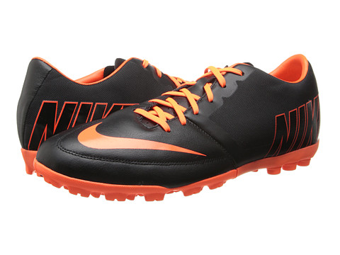 Nike - Bomba Pro II (Black/Hyper Crimson/Hyper Crimson) Men's Soccer Shoes