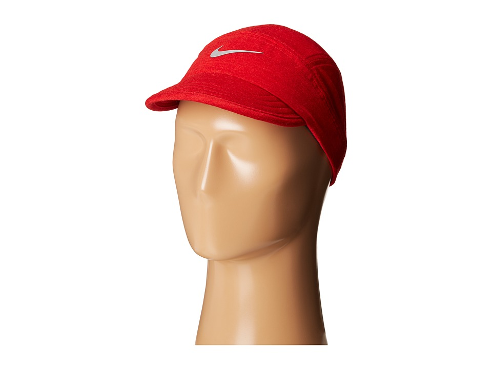 Nike - Wool Tailwind Cap (Gym Red/Black/Action Red/Reflective Silver) Baseball Caps