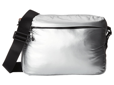 Nike - Studio Kit Medium (Metallic Silver/Metallic Silver/(Black)) Travel Pouch