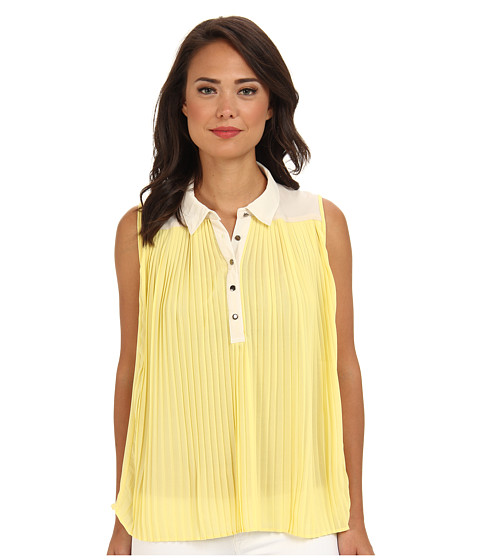 ROMEO & JULIET COUTURE - Pleated Top (Yellow Cream) Women's Sleeveless