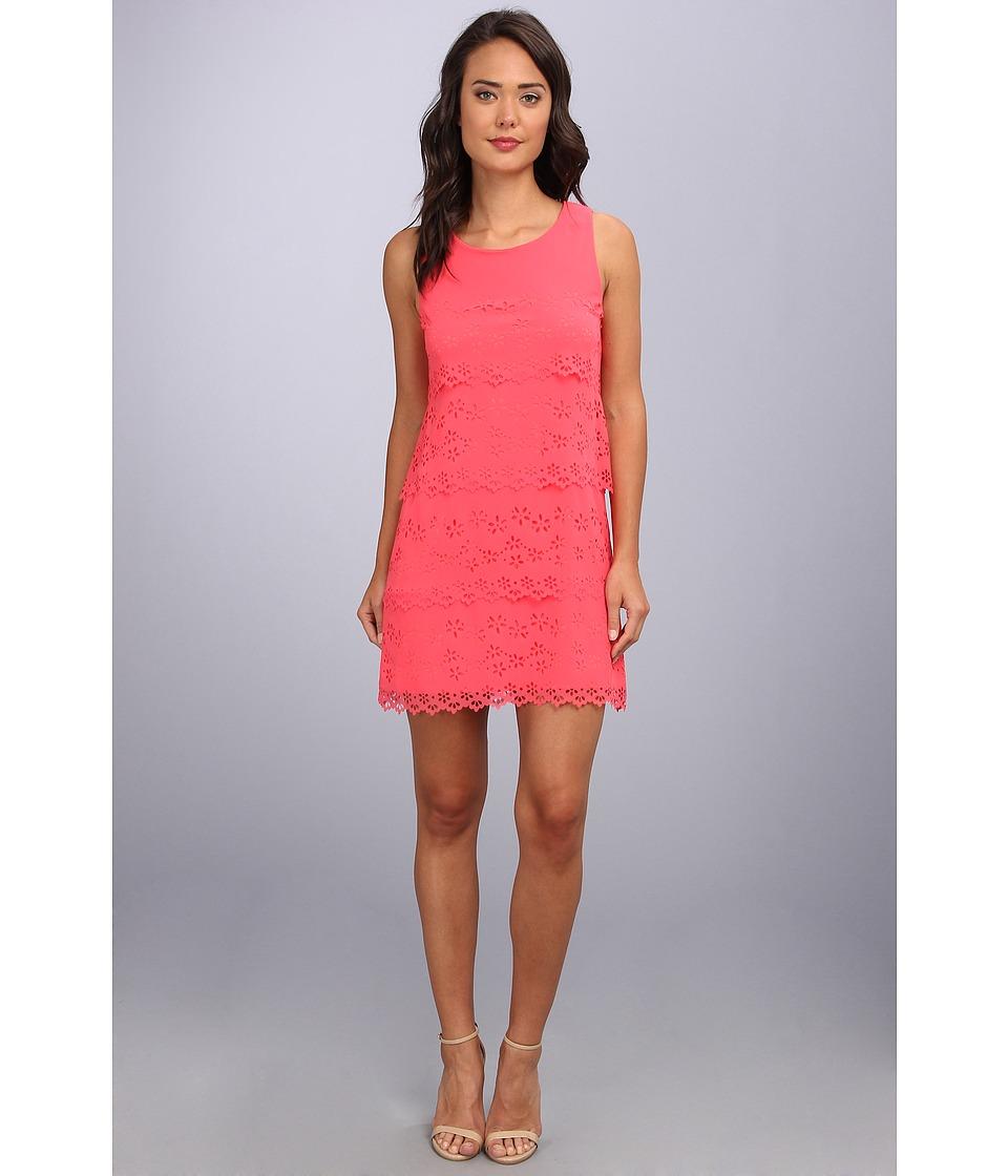 Jessica Simpson Sleeveless Tiered Dress Womens Dress (Pink)