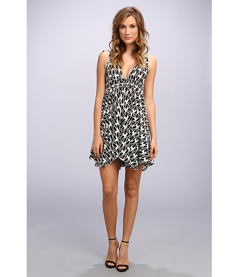 Tbags Los Angeles - Woven Spag Strap Triangle Hi-Lo Dress (FR1 Print) Women