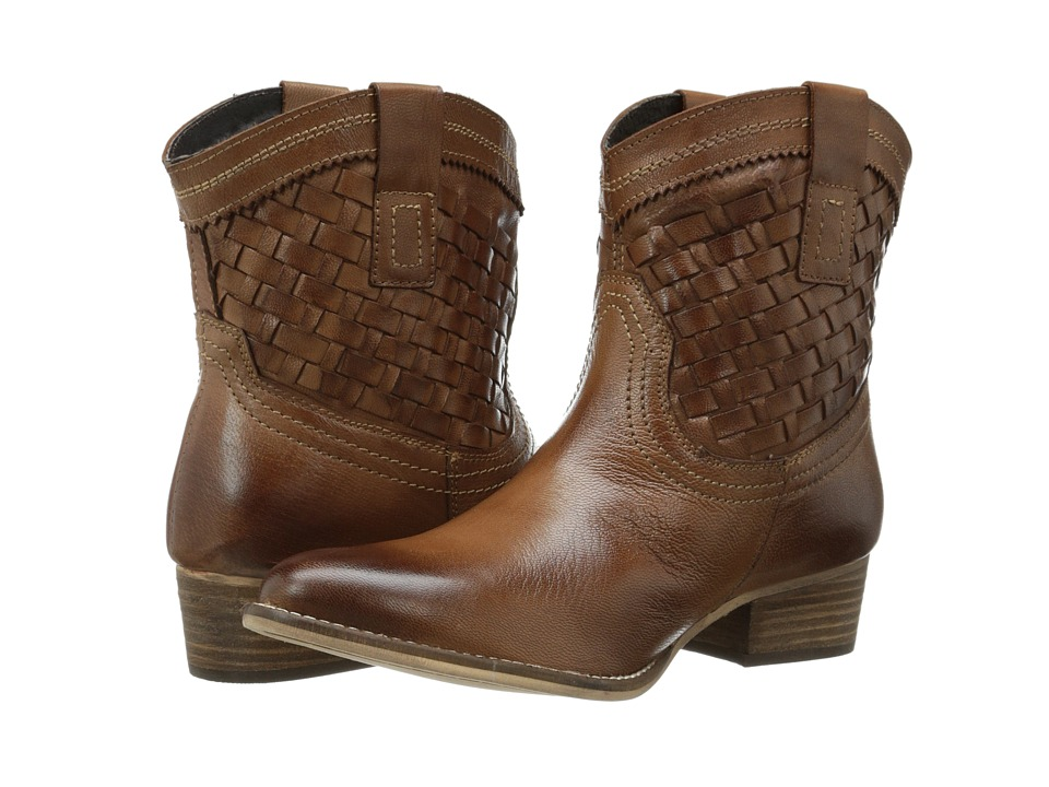 Diba - Free Pass (Light Brown Leather) Women's Pull-on Boots