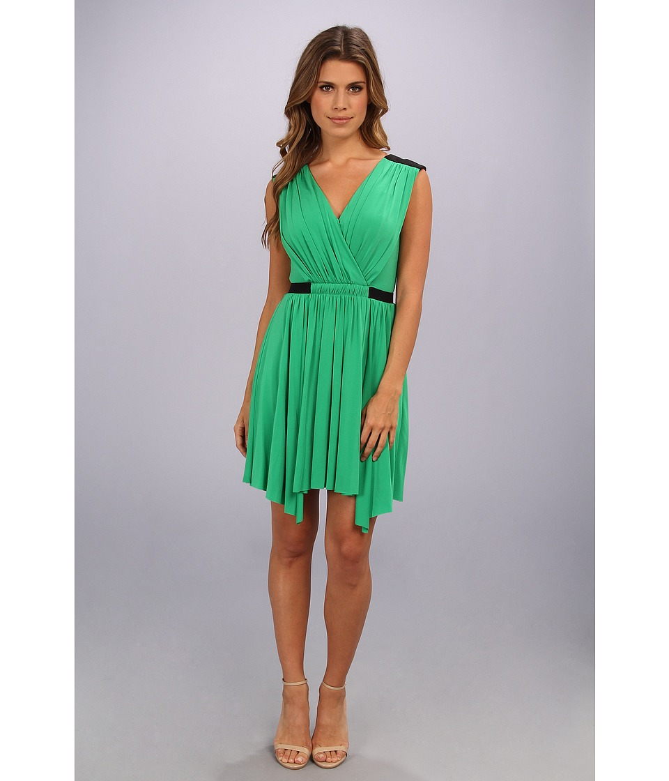 BCBGMAXAZRIA - Olyvia Sleeveless Wrap Dress (Light Evergreen) Women