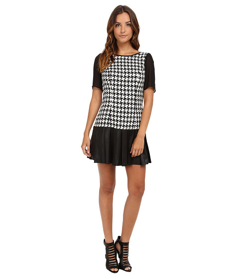 BCBGeneration - Checkered Flare Dress BEW69B89 (Black Combo) Women