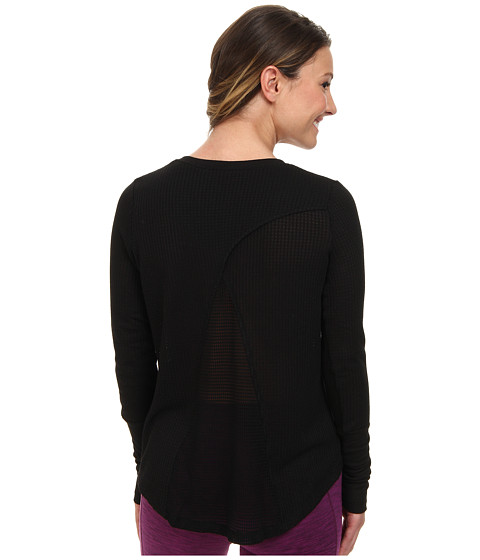 ALO - Mist Long Sleeve Top (Black) Women's Long Sleeve Pullover