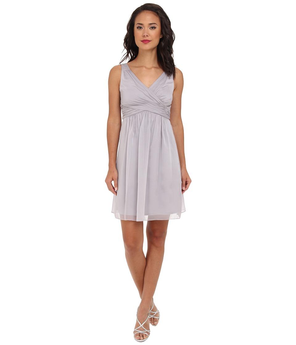 Adrianna Papell - V-Neck Chiffon Cocktail Dress (Dove) Women's Dress