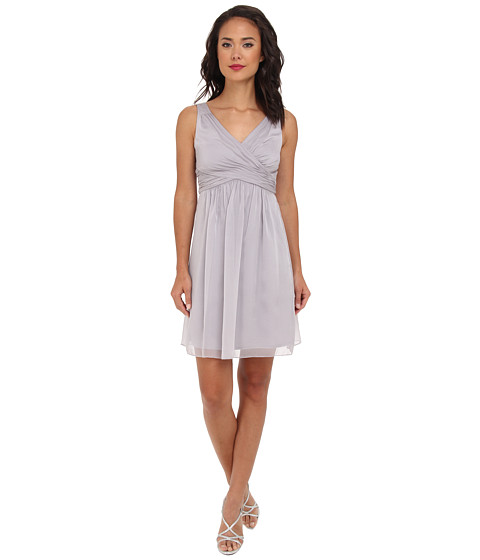 Adrianna Papell - V-Neck Chiffon Cocktail Dress (Dove) Women