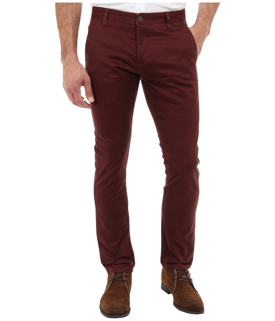 Dockers Men's - Alpha Khaki Skinny Twill (Bitter Chocolate) Men's Jeans
