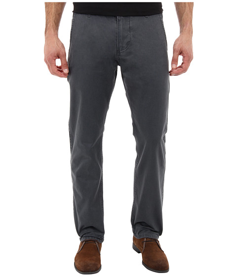 Dockers Men's - Alpha Core Standard Fit Twill (Hurricane) Men's Casual Pants