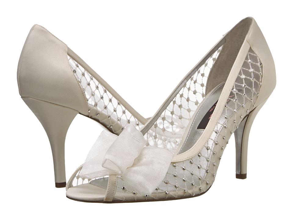 Nina Fracine (Ivory) High Heels