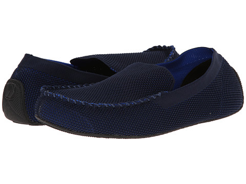 ISOTONER Signature - Mesh Enginereed Driving Moc (Navy/Royal) Men's Slippers