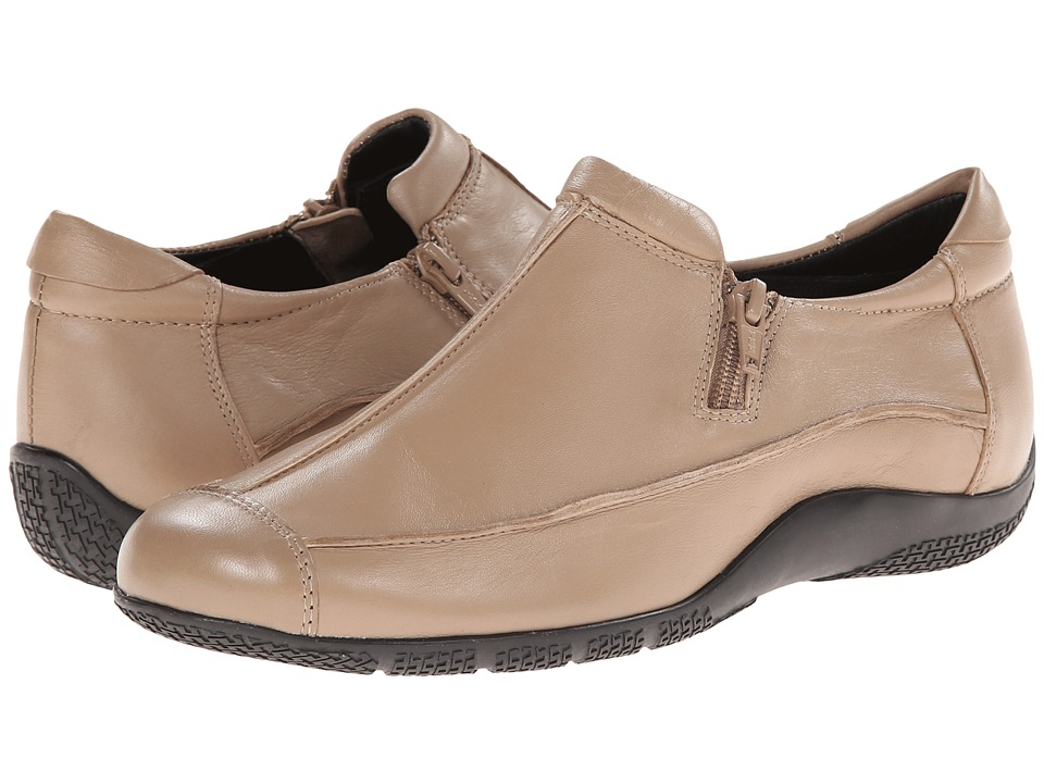 Walking Cradles - Dakota (Taupe Nappa) Women's Shoes