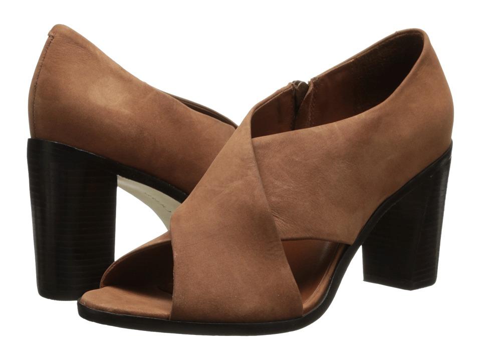 Bernardo - Henry (Luggage Nubuck) Women's Sandals