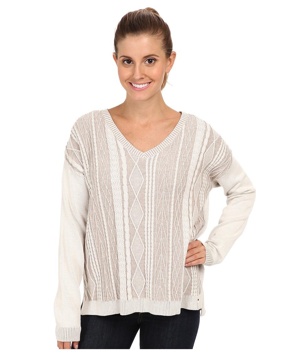 Woolrich - Plum Run Vee Neck Cable Sweater (Ecru) Women