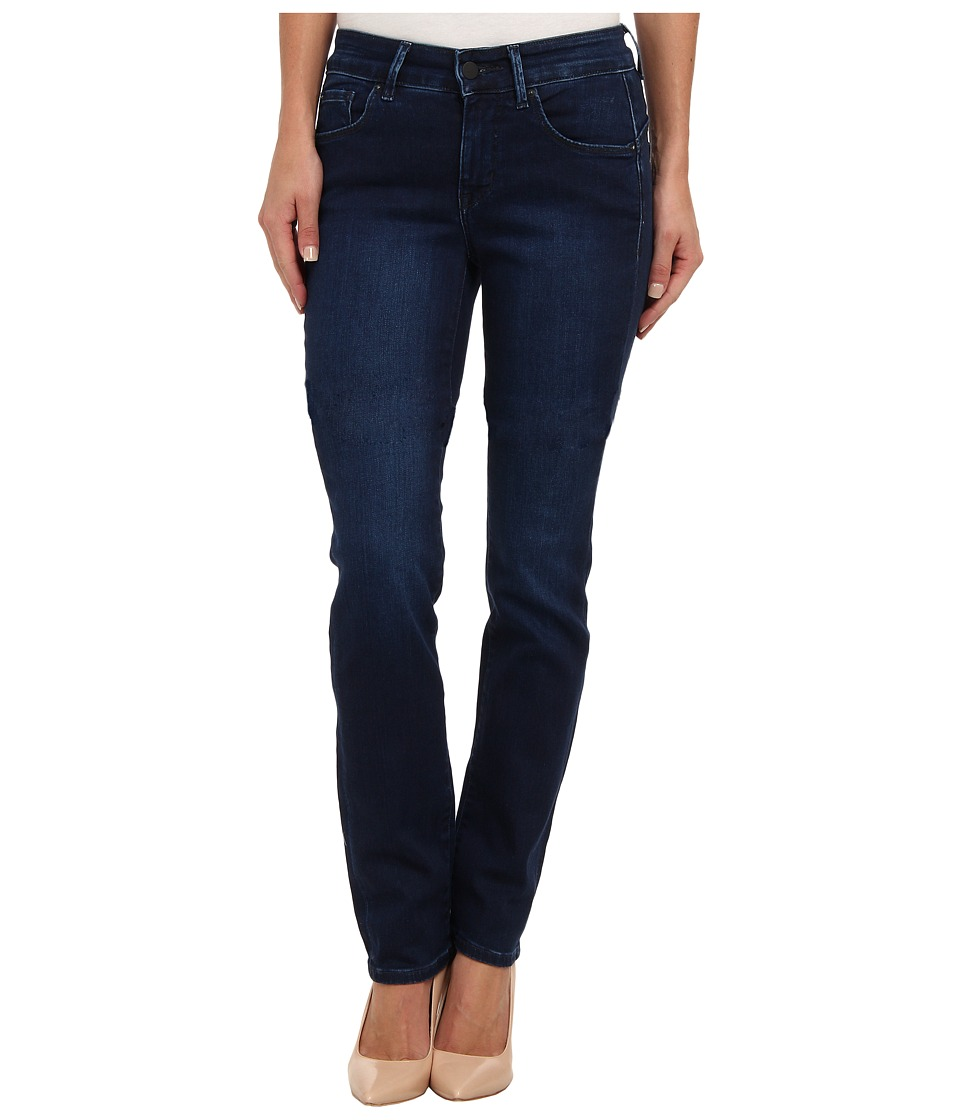 Calvin Klein Jeans - Curvy Straight Leg in Secret (Secret) Women's Jeans