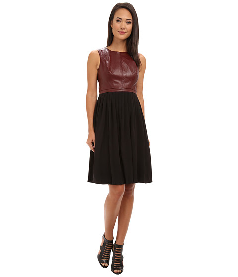 Ivy & Blu Maggy Boutique - Sleevless Vegan Leather with Pleats (Wine/Black) Women's Dress