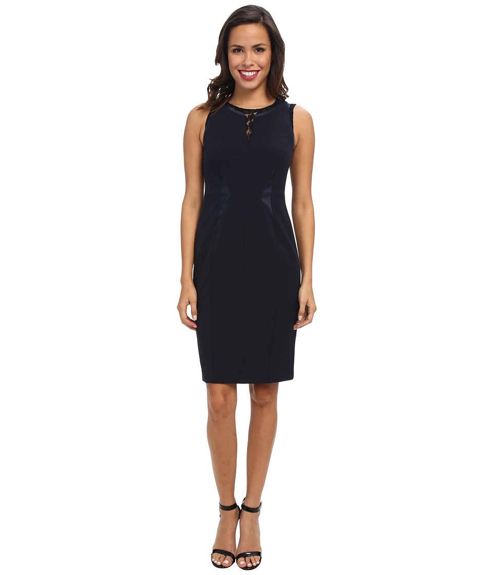 Ivy & Blu Maggy Boutique - Sleevless Split Neck Sheath with Lace (Navy/Black) Women