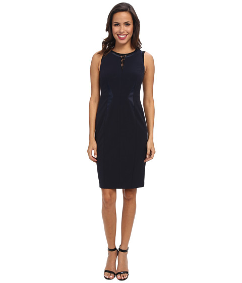 Ivy & Blu Maggy Boutique - Sleevless Split Neck Sheath with Lace (Navy/Black) Women's Dress