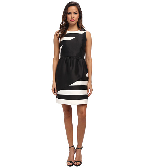 Ivy & Blu Maggy Boutique - Sleevless Striped Color Block Inset Waist Fit and Flare (Black/White) Women's Dress