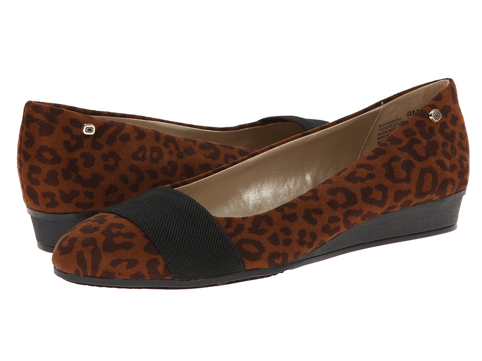 Bandolino - Vidov 2 (Brown Multi Fabric) Women