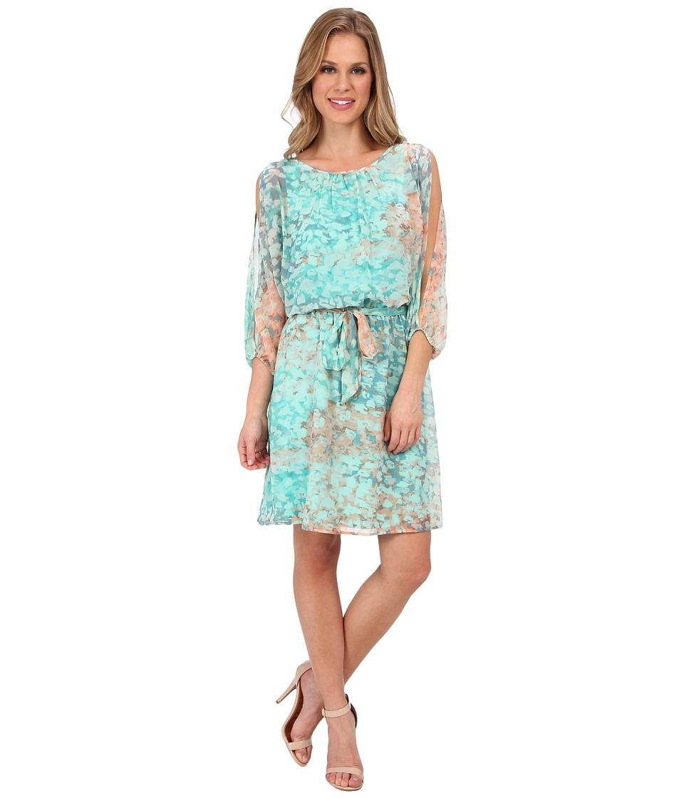 Vince Camuto Blouson Printed Chiffon Dress w/ Cold Shoulders Womens Dress (Green)