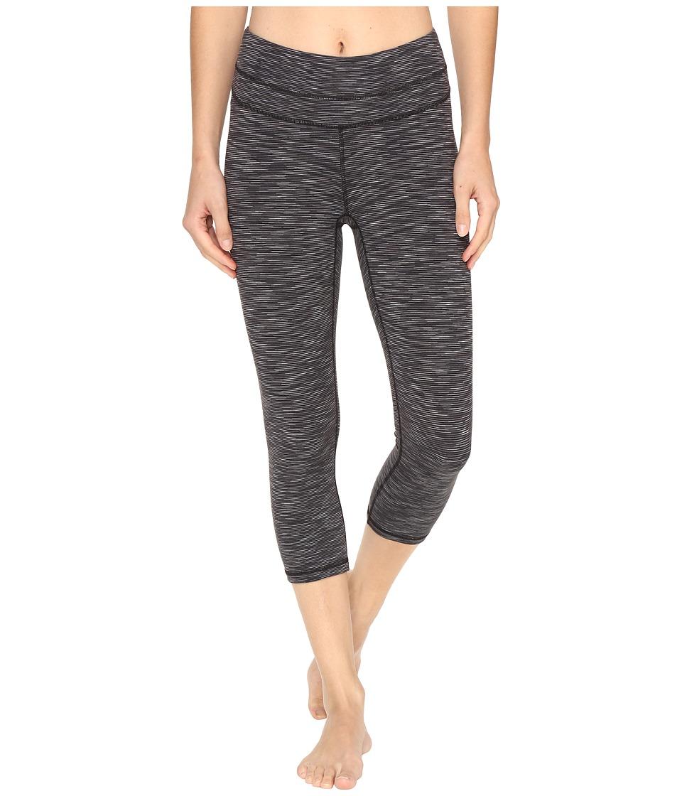 Lucy Studio Hatha Capri Legging (Lucy Black Spacedye Stripe) Women