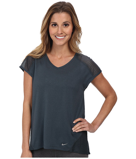 Nike - Relay S/S Top (Classic Charcoal/Classic Charcoal/Reflective Silver) Women's Short Sleeve Pullover