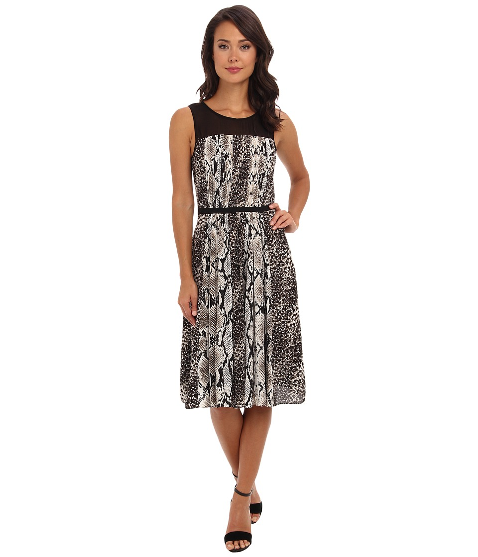 Adrianna Papell - S/L Pleated Dress w/ Graphic Snake Skin Animal Spots Motif and Chiffon Trim (Ivory/Black) Women's Dress
