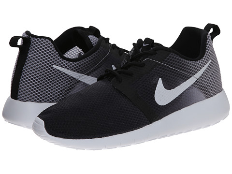 Nike Kids - Roshe Run Flight Weight (Little Kid/Big Kid) (Black/Wolf Grey/White) Boys Shoes