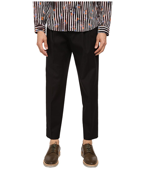 McQ - Pleated Traveller Chino (Darkest Black) Men's Casual Pants