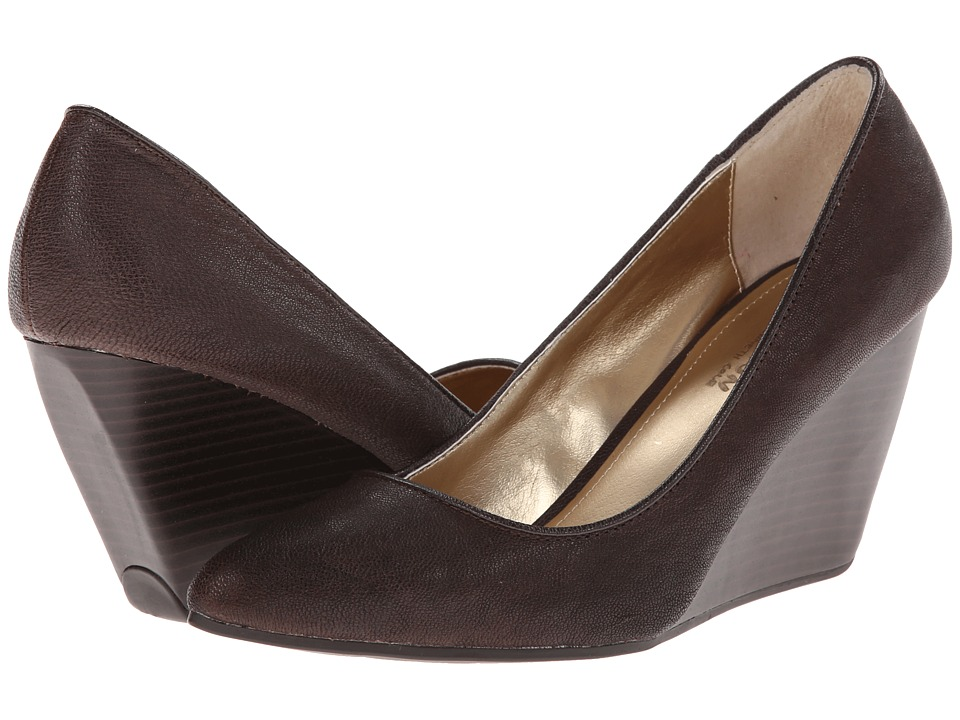 Kenneth Cole Reaction - Bond-ed (Brazil Nut) Women's Wedge Shoes