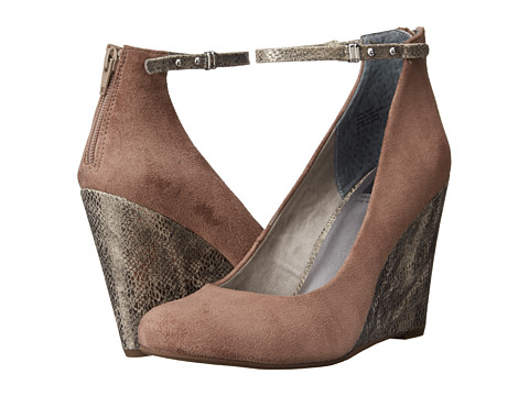 BC Footwear - Feelin' Something (Taupe) Women's Wedge Shoes