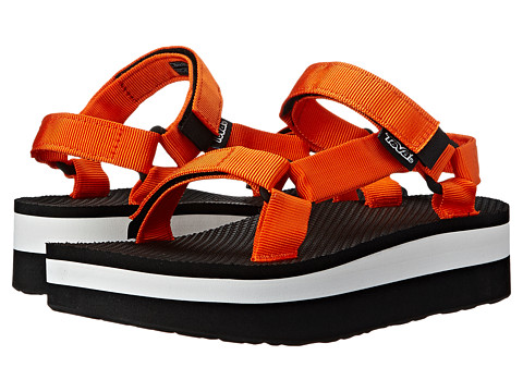 Teva - Flatform Universal (Golden Poppy) Women's Sandals