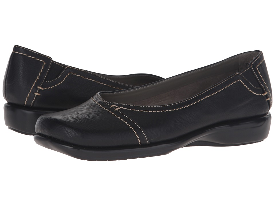 Aerosoles - Richmond (Black) Women's Slip on Shoes