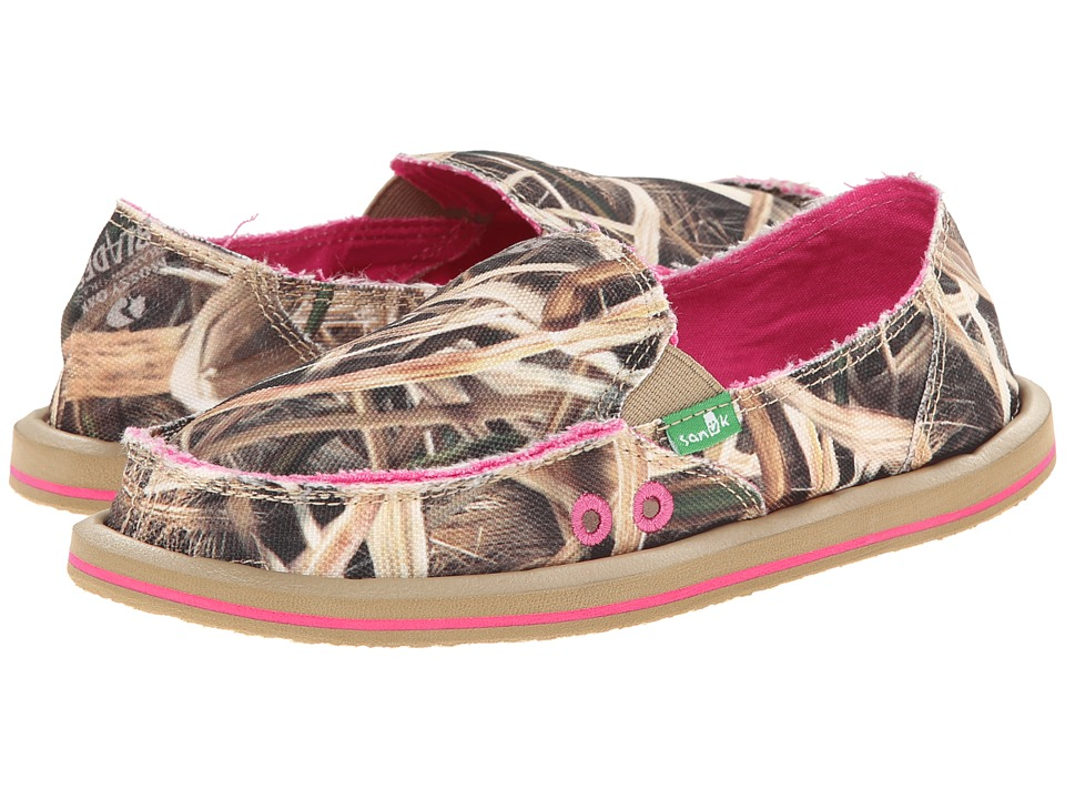 bcdd73bc96180 ... with Sanuk Donna Blades (Mossy Oak) Women's Slip on Shoes. UPC  737045304236
