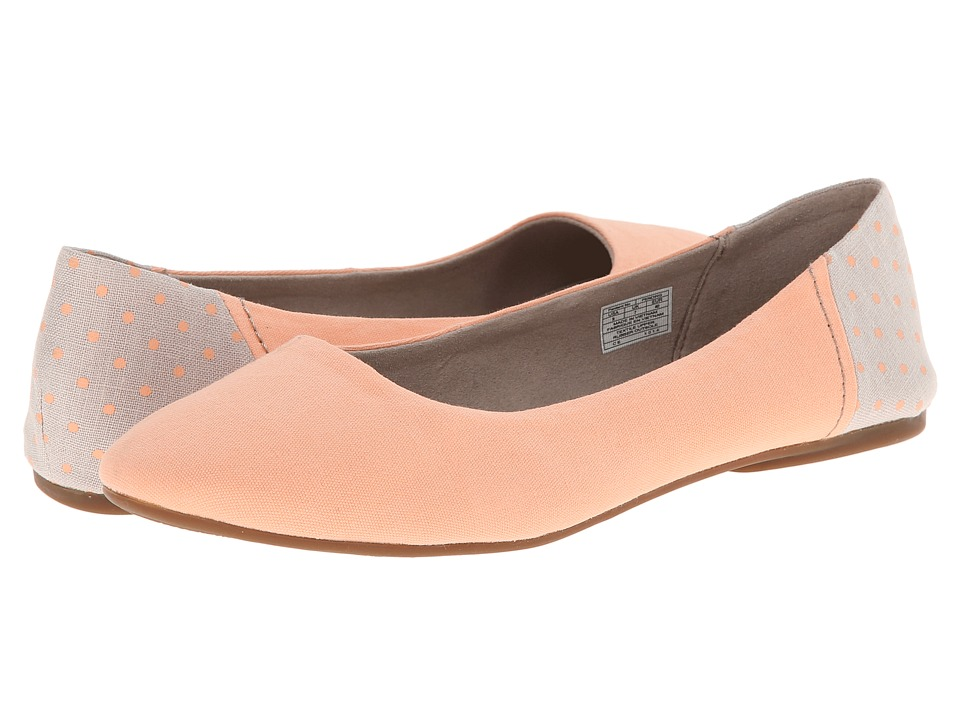 Sanuk - Yoga Eve (Peach) Women's Flat Shoes