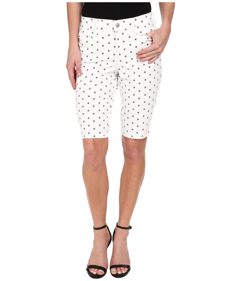NYDJ - Justina Short (Sailboats Print) Women