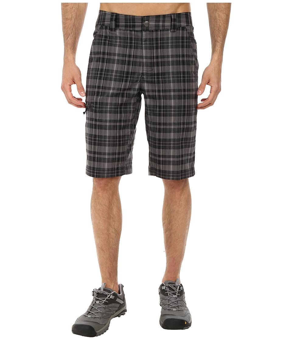 Columbia - Cool Creek Stretch Plaid Short (Black/Grill Plaid) Men's Shorts
