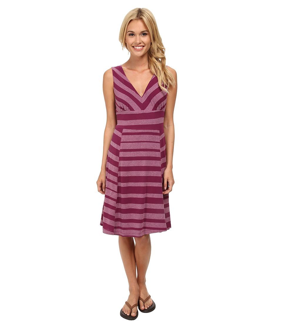 Mountain Hardwear - DrySpun Burnout Stripe Reversible Dress (Dark Raspberry) Women