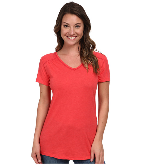 Columbia - Everything She Needs V-Neck Tee (Red Hibiscus Heather) Women