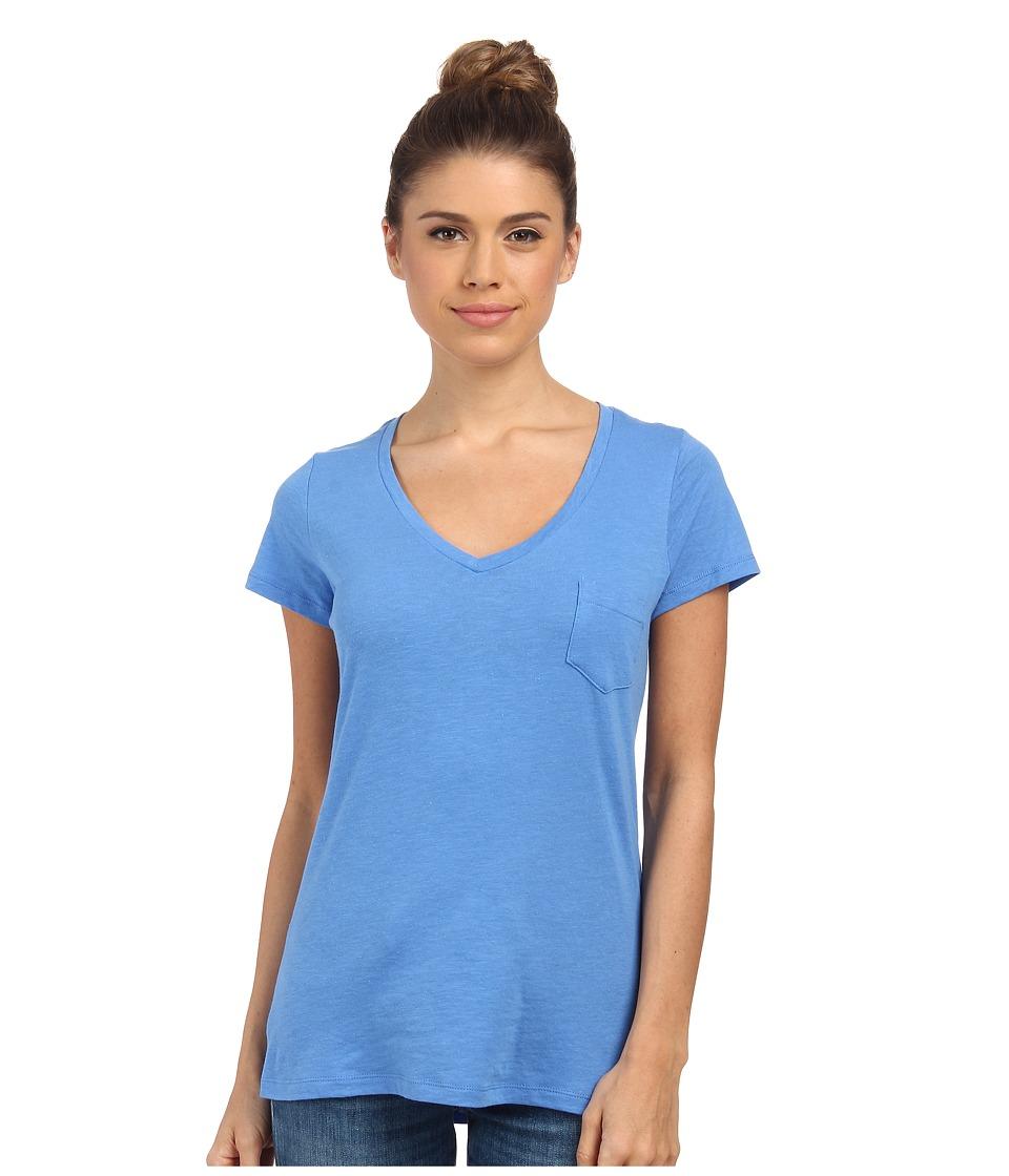 Columbia - Everyday Kenzie V-Neck Tee (Harbor Blue) Women's Short Sleeve Pullover