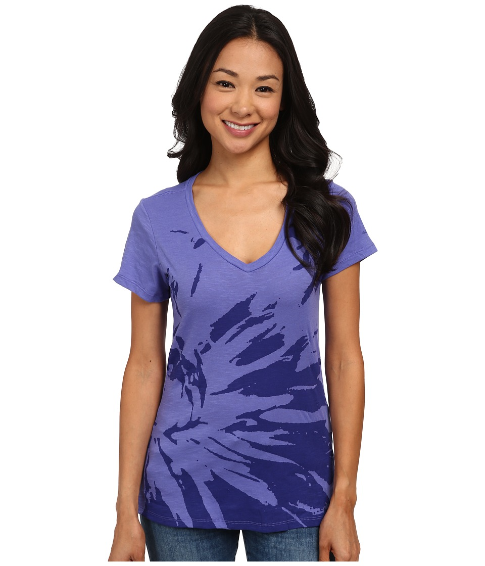Columbia - Floral V-Neck Tee (Purple Lotus) Women's Short Sleeve Pullover