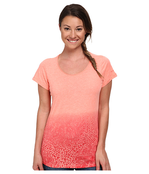 Columbia - Horizons Scoop Neck Tee (Coral Flame Heather) Women's Short Sleeve Pullover