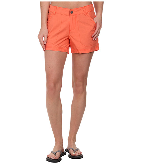 Columbia - Arch Cape III Short (Coral Flame/Cypress) Women's Shorts