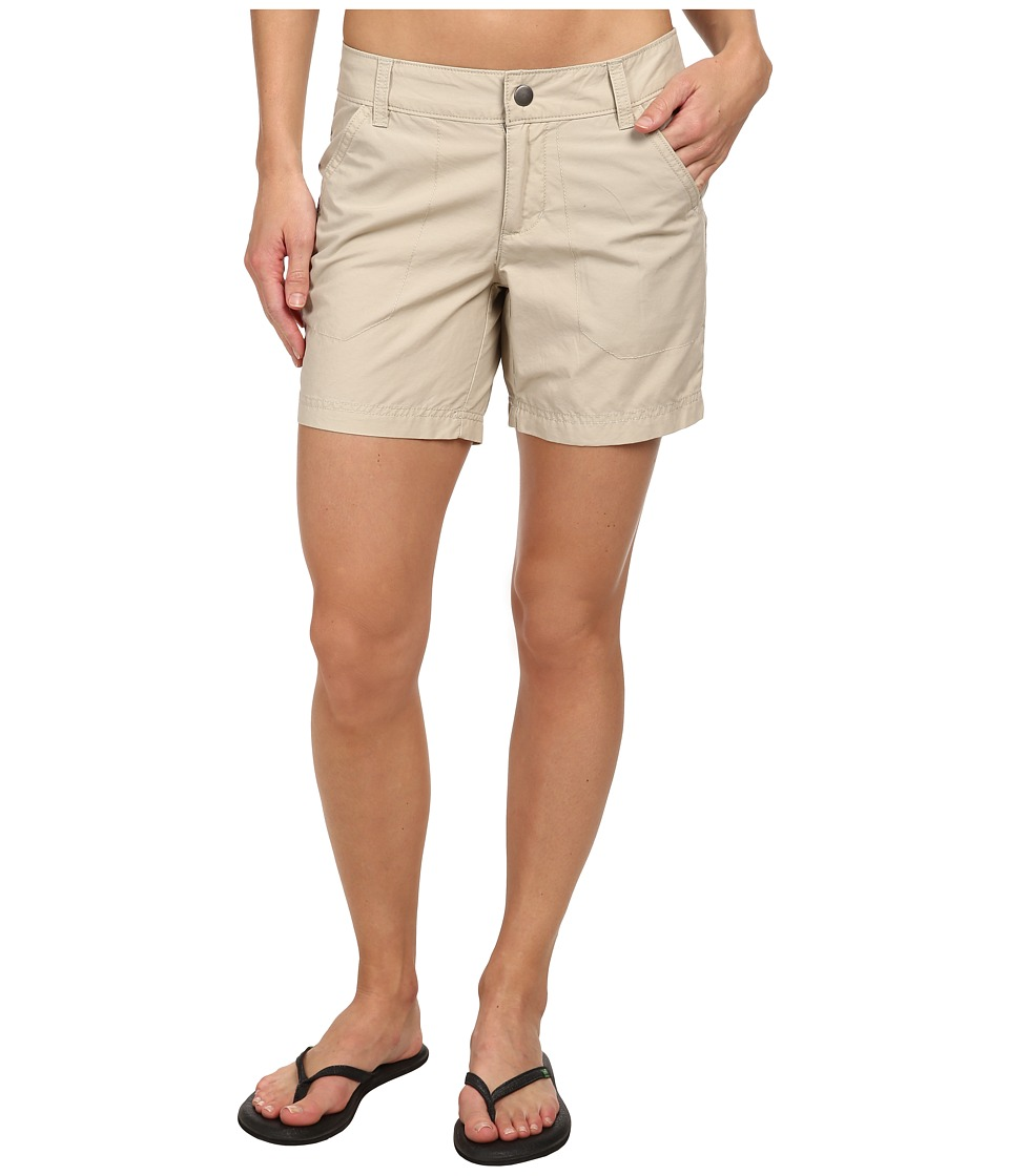 Columbia - Arch Cape III Short (Fossil/Cypress) Women's Shorts