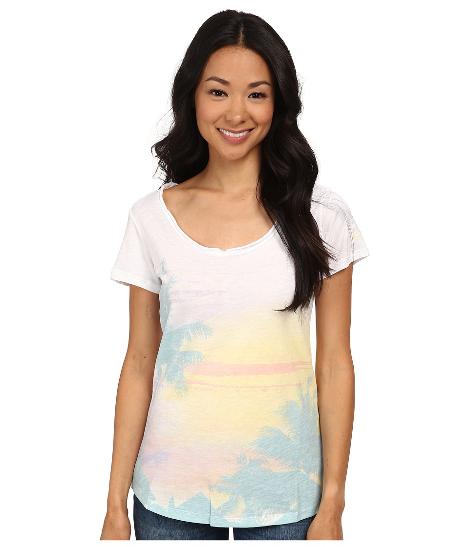 Columbia - Paradise Scoop Neck Tee (White/Vacation) Women's T Shirt