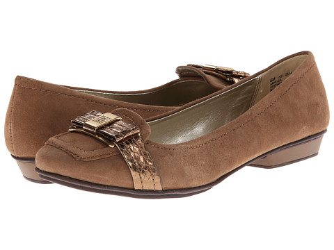 Anne Klein - Heida (Dry Soil Suede) Women's Flat Shoes